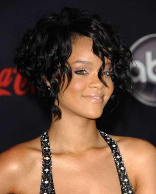 Rihanna-Curly-Bob